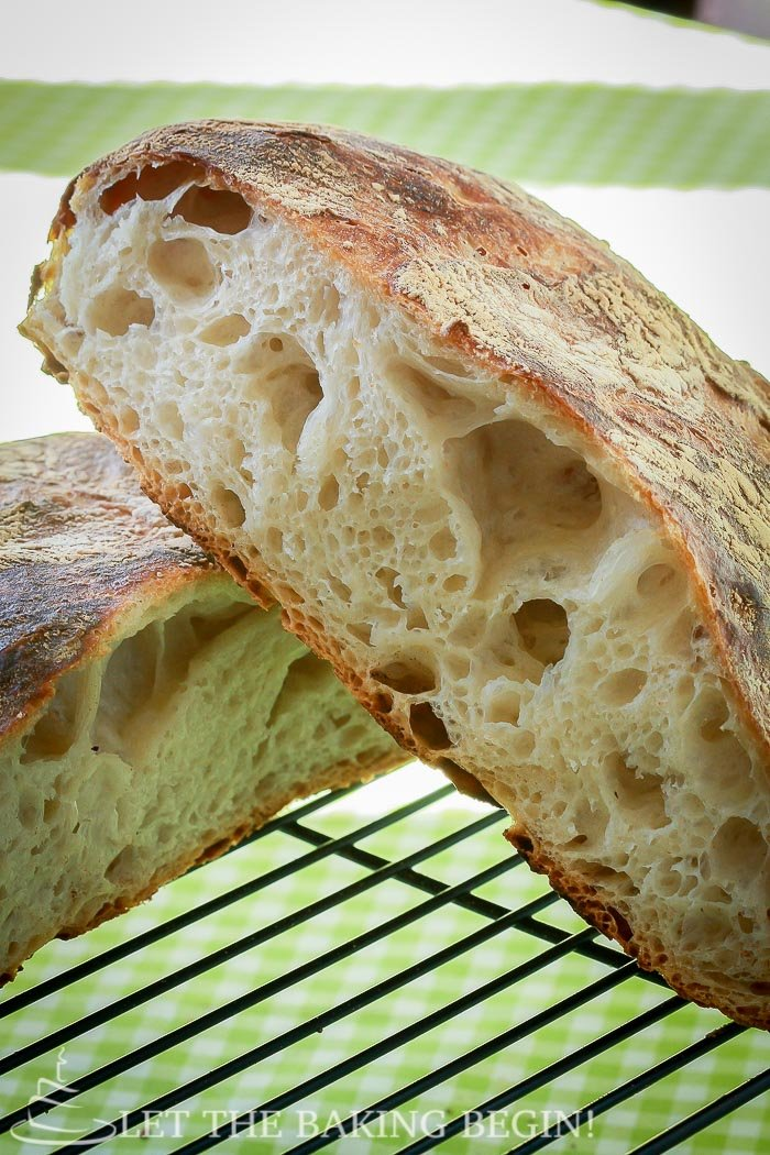 Artisan No Knead Bread - Beautiful Artisan bread with minimal effort? yes please! No bread will be easier to make than this one!   by LetTheBakingBeginBlog.com   @Letthebakingbgn