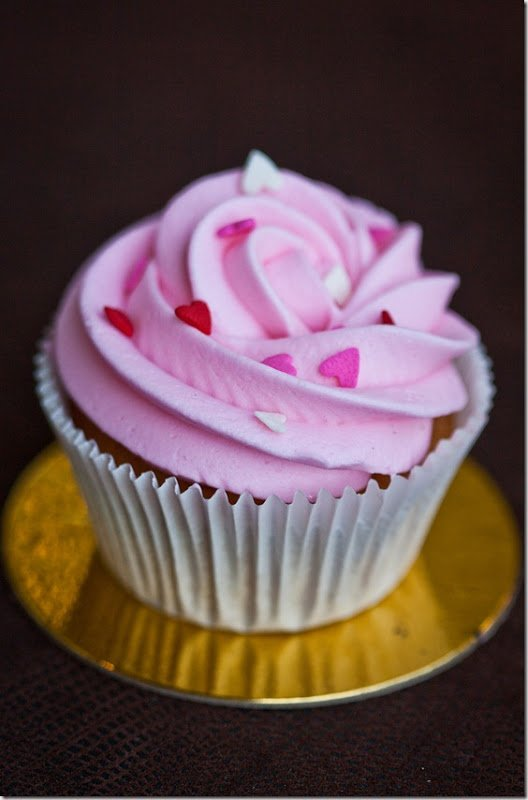 Beautiful Cupcake Images : Beautiful & Delicious Cupcakes in No Time! - Let the ...