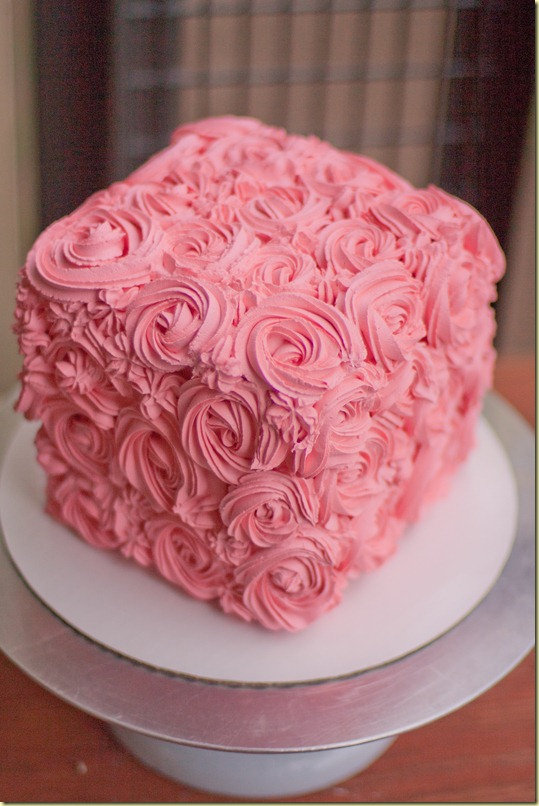 Swirl Rose Box Cake - Let the Baking Begin!