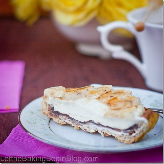 Banana Creme Brulee tart is a Crispy Puff Pastry tart sprinkled with coarse sugar and brushed with chocolate, then filled with custard and topped with bananas. This is a perfect dessert to finish dinner.