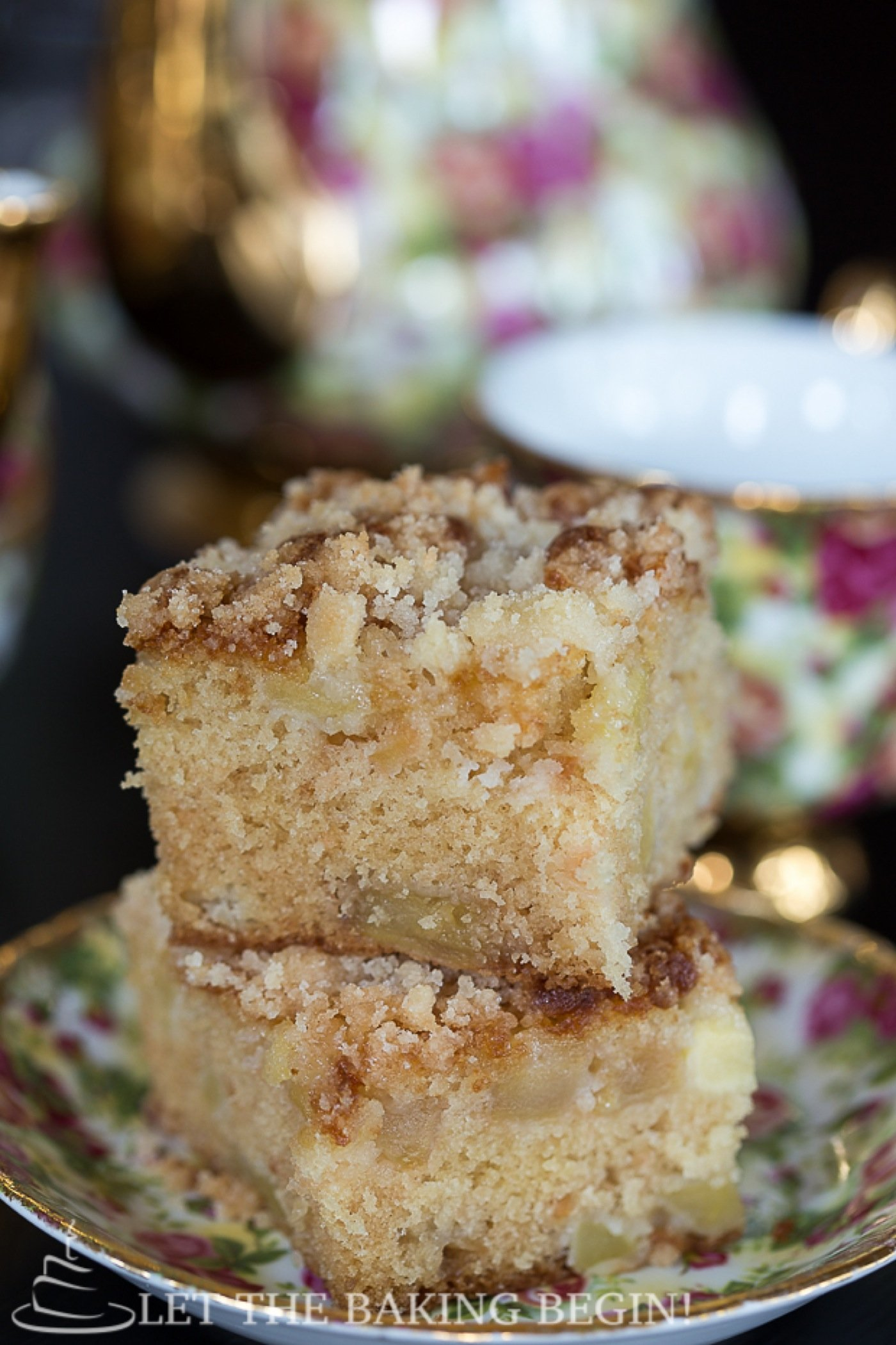 Apple Coffee Cake w/ Streusel Topping - Apples make any baked thing ...