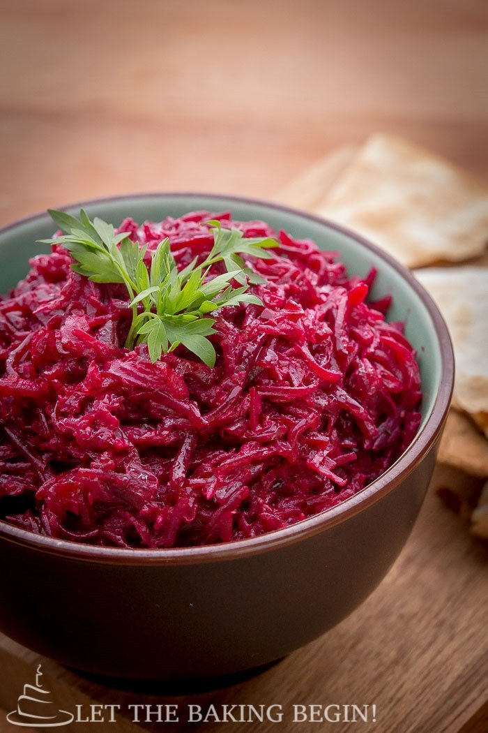 Garlicky Beetroot Salad - Great side dish to grilled meats or fish. Clean eating, made delicious! - LetTheBakingBeginBlog.com - @Letthebakingbgn