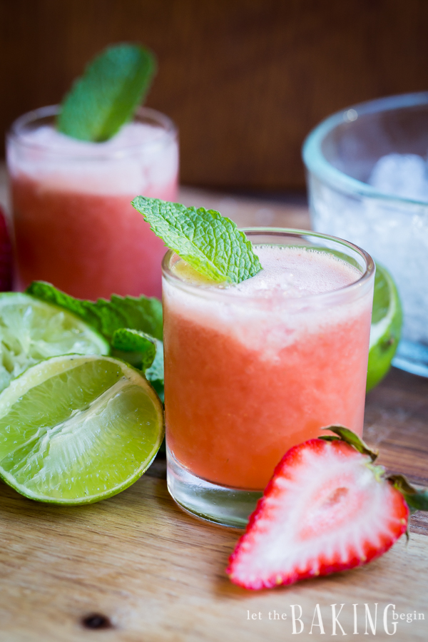 Strawberry-Mint Limeade - Quick, Simple, delicious and refreshing drink made of strawberries, mint and lime. | By Let the Baking Begin!