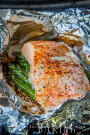 Salmon Asparagus Foil Packets - Quick, Easy and Delicious dinner. Prep ahead of time, then just throw on the grill or in the oven when ready to eat. Camping hacks, anyone?   Let the Baking Begin!
