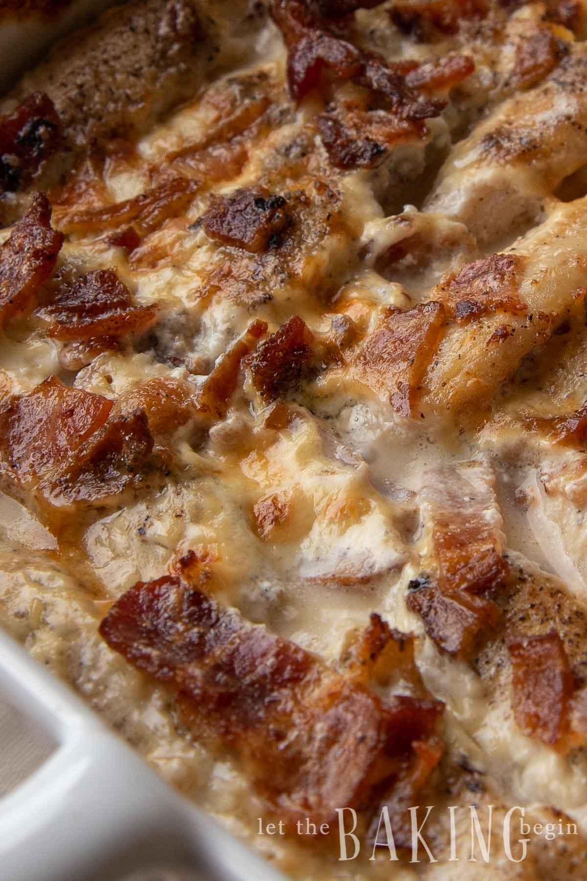Cierre de la receta del rancho de tocino y pollo.